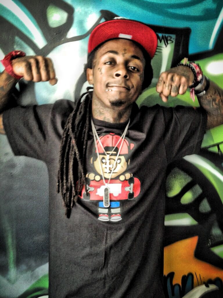 Lil Wayne Smoking Colorful Weed Lil Wayne Kicked Off P...